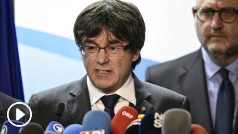 Mensaje difundido por la ACN y Òmnium sobre la detención de Carles Puigdemont.