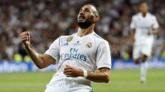 Karim Benzema celebra un gol con el Real Madrid | Alineación oficial del Real Madrid.