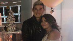 James Rodríguez y su madre, Pilar Rubio. (@Marjajua) | Real Madrid – Bayern
