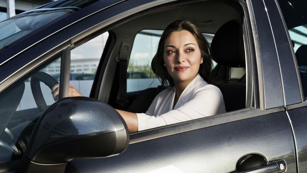 Nuestra actitud y desempeño al volante son fundamentales para gastar el mínimo combustible posible, lo que hace que podamos ahorrar una importante cantidad de dinero a la hora de repostar.