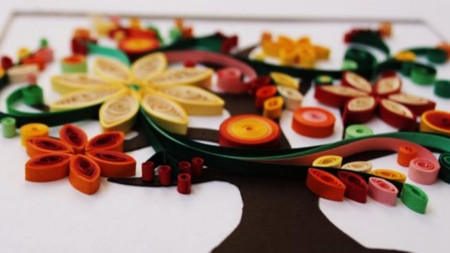 hacer manualidades de quilling