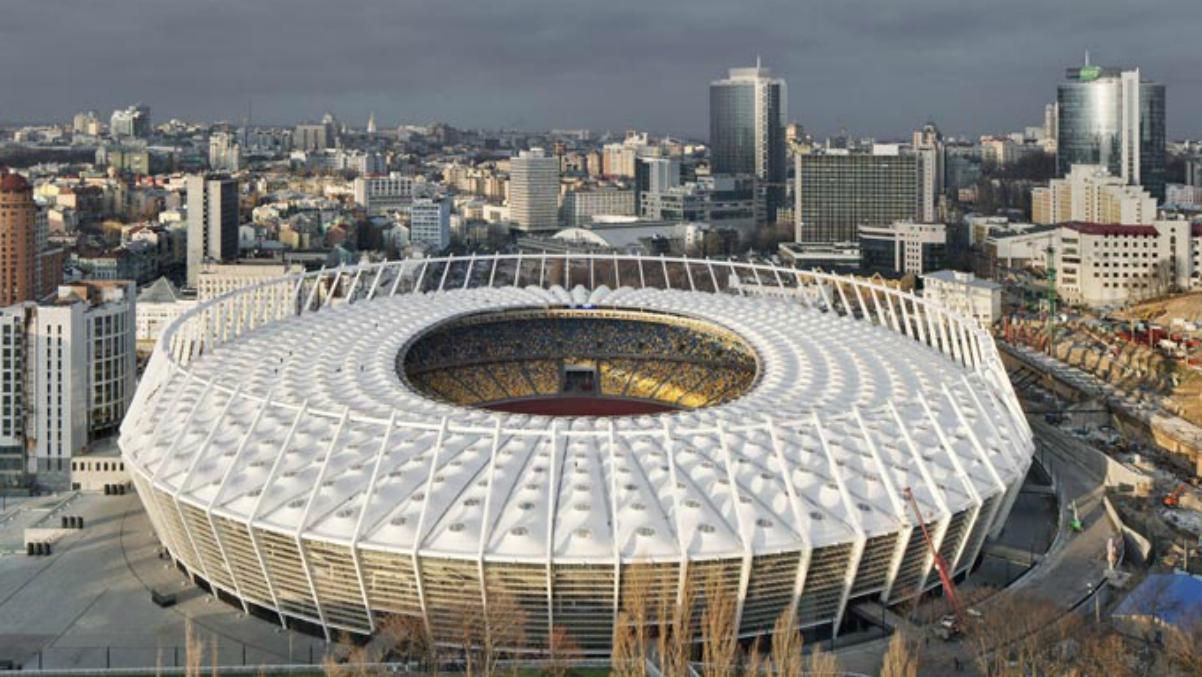 NSC Olimpiyskiy Stadium de Kiev. (Twitter)