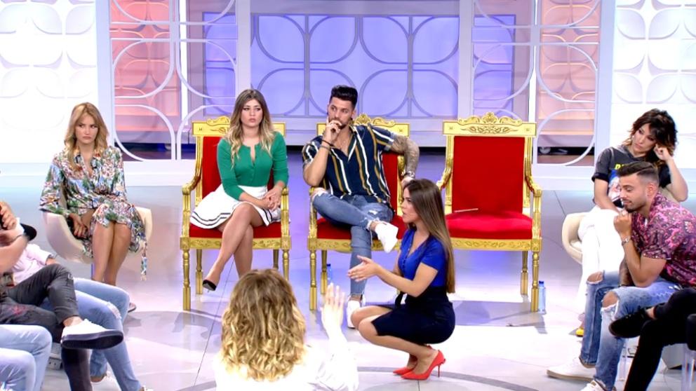 Violeta pide perdón a sus pretendientes en 'MYHYV'