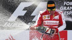 Fernando Alonso celebra la victoria en el GP de España de 2013 con Ferrari. (Getty)