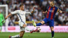 Iniesta y Cristiano Ronaldo, durante un Clásico (Getty).   Barcelona – Real Madrid   Clásico