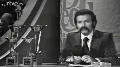 José María Iñigo presentando 'Directísimo'. (Foto: RTVE)
