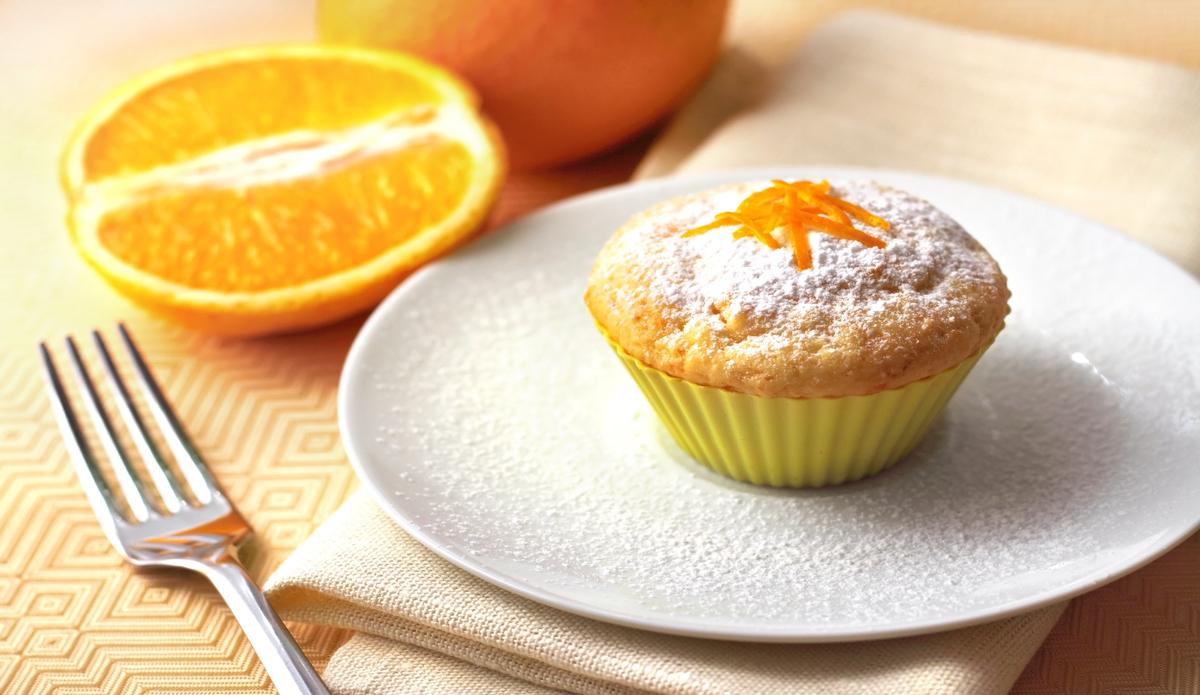 Receta de Magdalenas de naranja esponjosas paso a paso