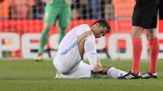 Cristiano Ronaldo se duele del tobillo. (AFP)