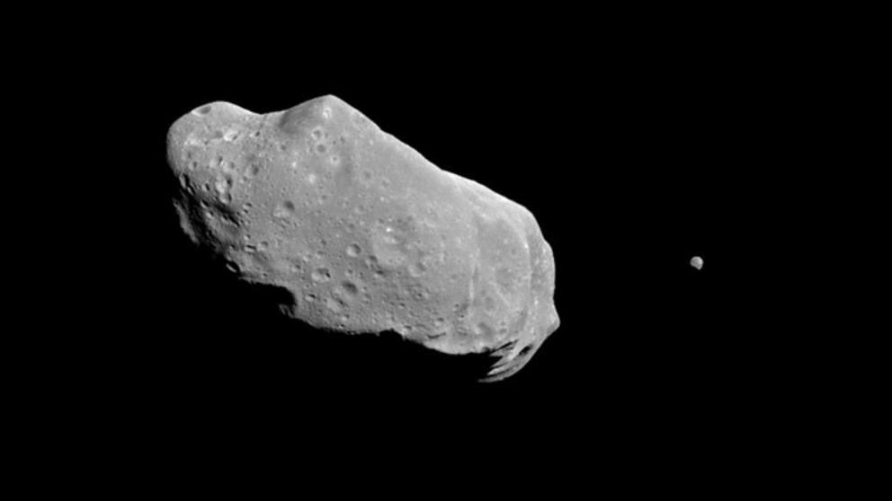 El asteroide Apophis está en una órbita cercana a la Tierra.