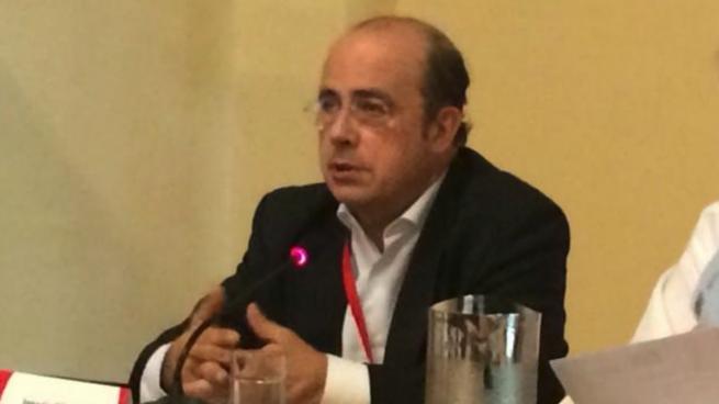 Gil Lázaro