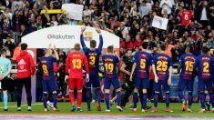 El Barcelona salió con una camiseta en apoyo a sus madres. (EFE)