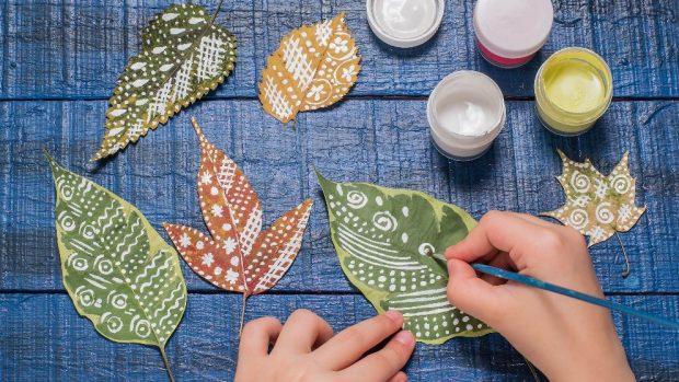 Cómo decorar con hojas secas