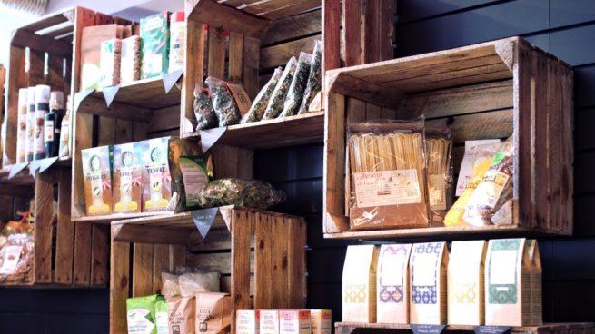 C mo hacer muebles con cajas de madera de forma original for Muebles con cajas de madera