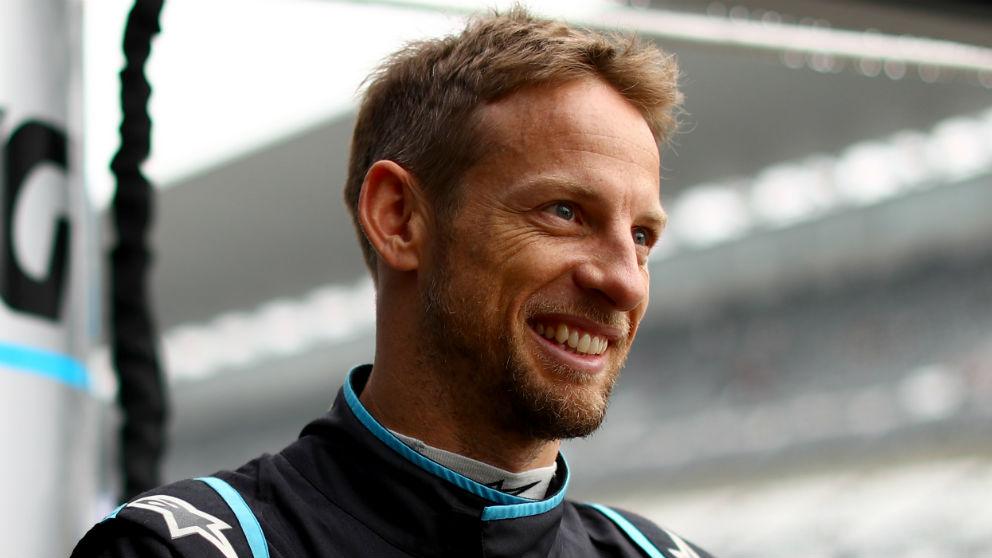 Jenson Button ha dado con la clave de todos los problemas de McLaren, y es que los británicos tienen un monoplaza que es bastante peor de lo que ellos creían en un principio. (Getty)