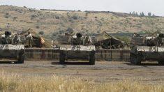 Tanques israelíes próximos a la frontera con Siria. (Foto: AFP)