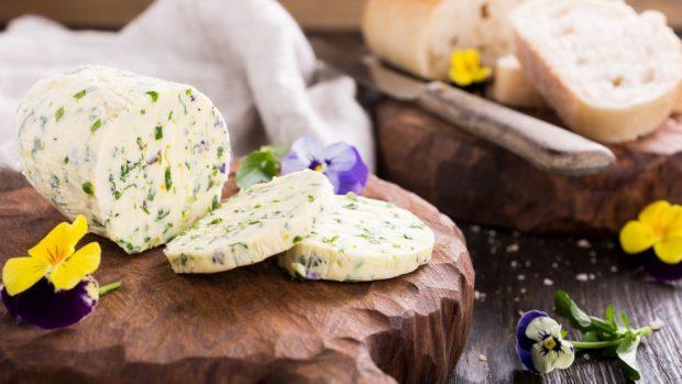 Receta de puré de patatas con queso parmesano y mantequilla de ajo