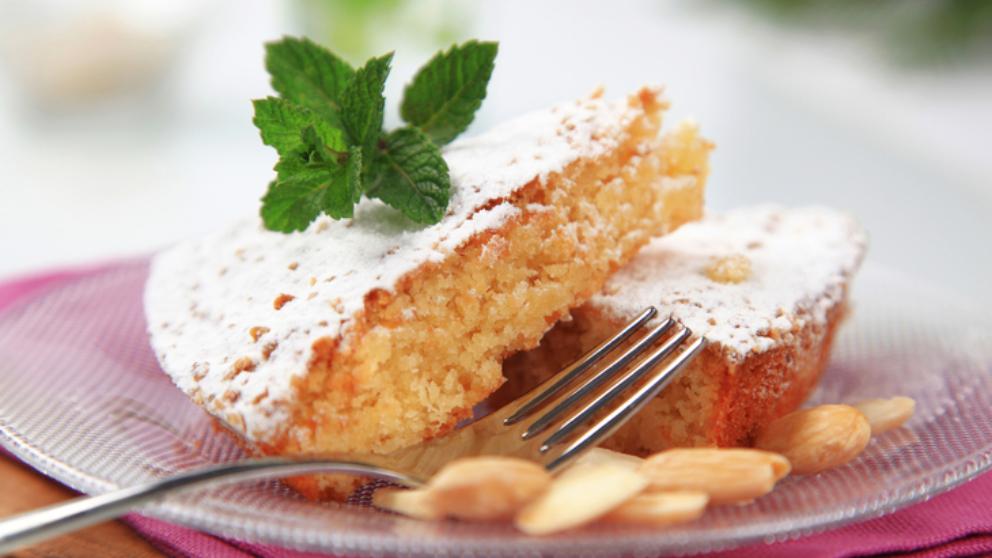 Receta de coca de almendra o tortada paso a paso