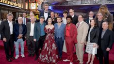 Reparto de 'Solo' en el estreno de la película. (Foto: AFP)