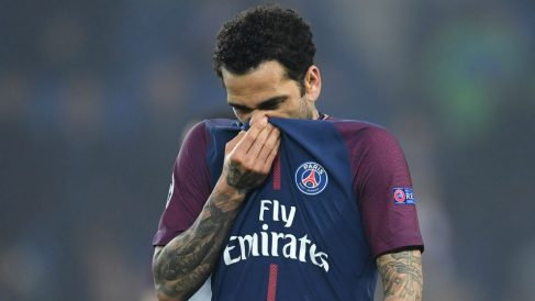 Dani Alves, en un partido con el PSG. (Getty)