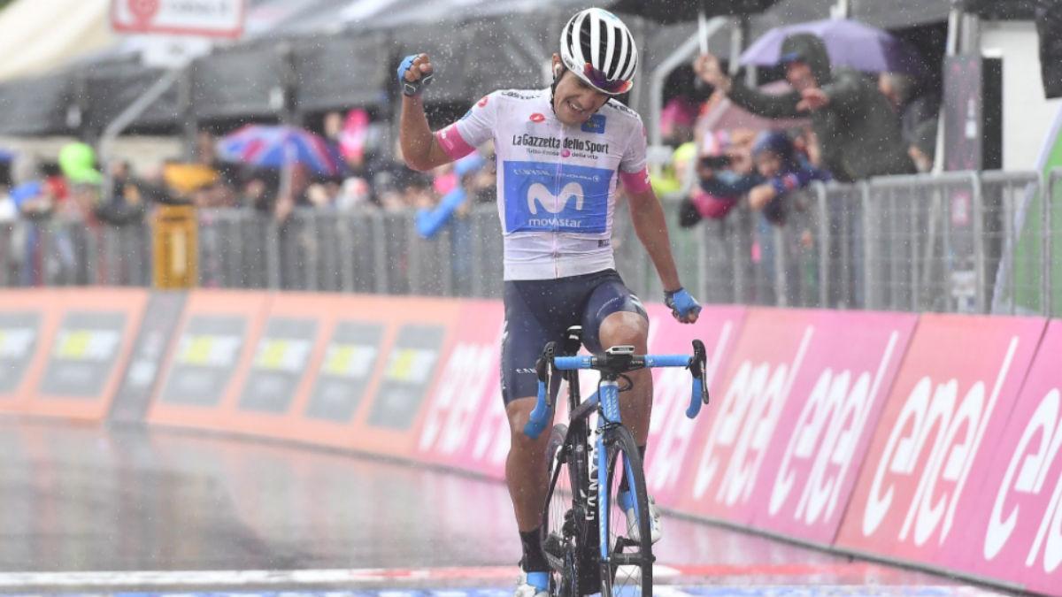 Carapaz triunfó bajo la lluvia en la octava etapa del Giro.
