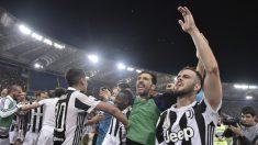 Los jugadores de la Juventus celebran el título. (AFP)