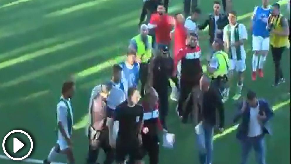 La tremenda pelea en el Córdoba 'B' – Mérida.