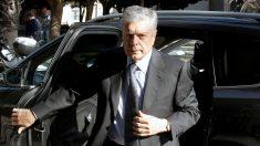 El expresidente de la CAM, Modesto Crespo a su llegada a la Audiencia Provincial de Alicante (Foto: Efe/Morell)
