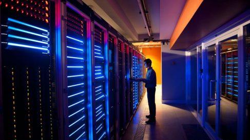 Guía  para saber cómo funciona un hosting