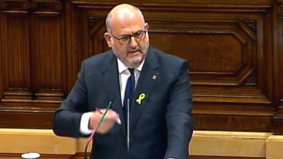 El portavoz de JxCAT en el Parlament, Eduard Pujol, durante su intervención en la investidura de Quim Torra