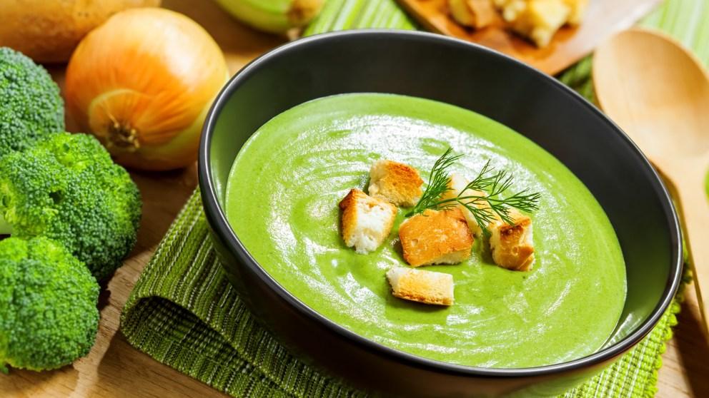 Receta de crema de brócoli y calabacín
