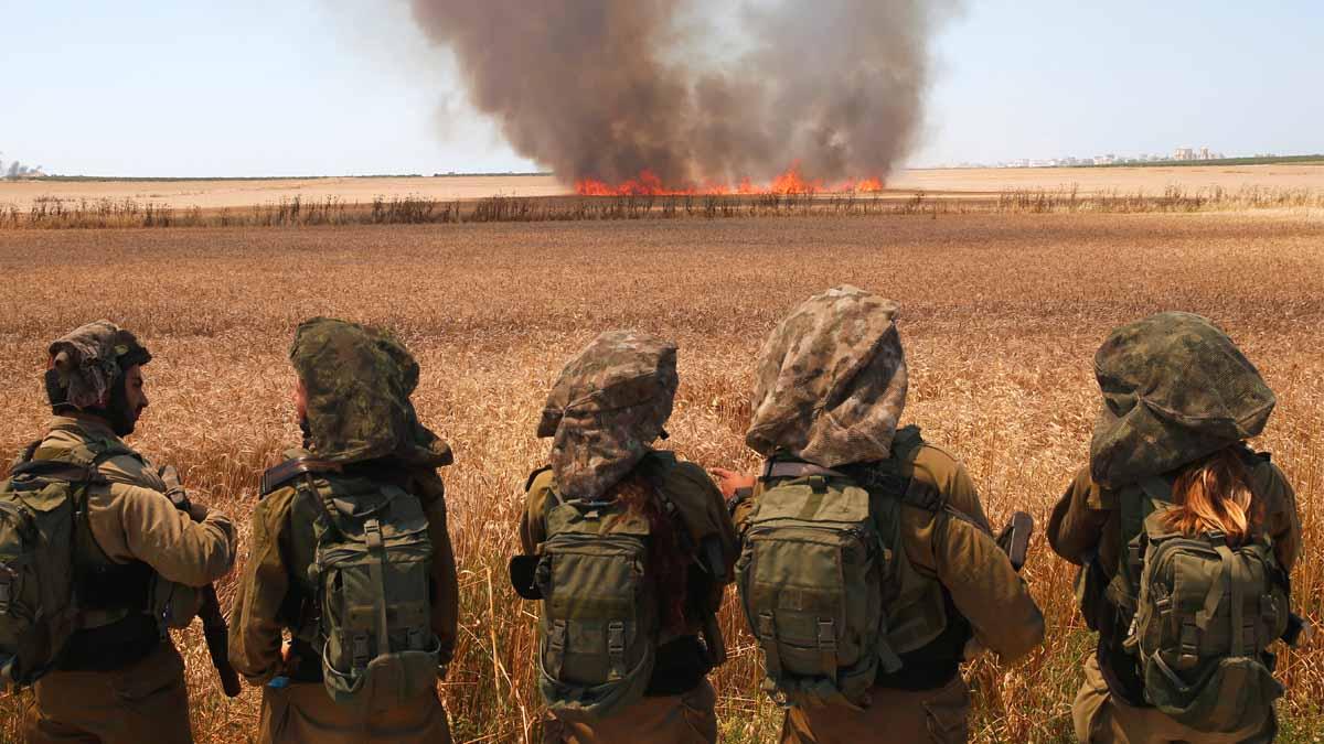 Soldados israelíes desplegados en la franja de Gaza. (Foto: AFP)