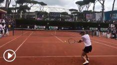 Sharapova y Rafa Nadal peloteando en Roma.