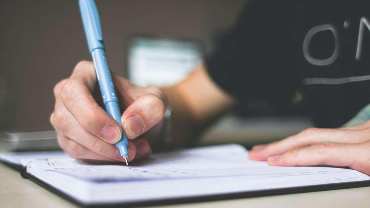 Cada vez escribimos menos a mano y más en un teclado