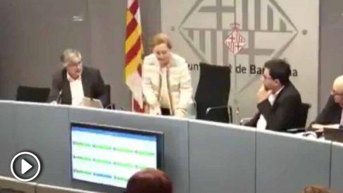 Carina Mejías abandona la comisión ante la desidia de Pisarello.