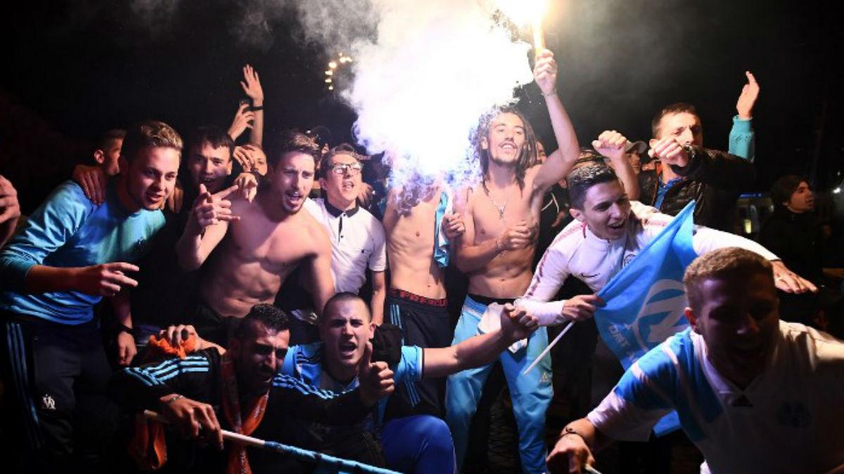 Las autoridades francesas han preparado un dispositivo sin precedentes para evitar los disturbios de los ultras del Marsella (AFP).