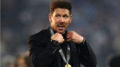 Diego Pablo Simeone después de ganar la Europa League. (Getty)