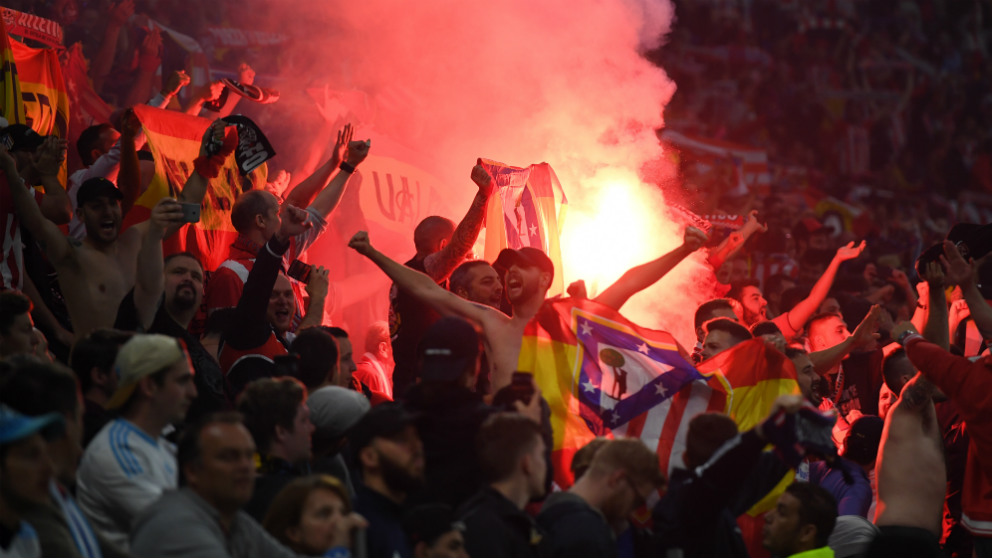 Los seguidores del Atlético de Madrid durante la final de la Europa League. (Getty)