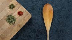 Todos los pasos para saber cómo limpiar de forma correcta los utensilios de madera