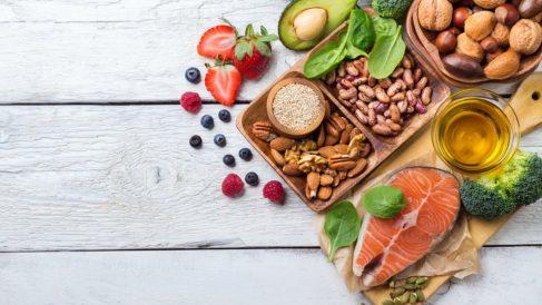 Descubre qué alimentos son ricos en grasas monoinsaturadas.