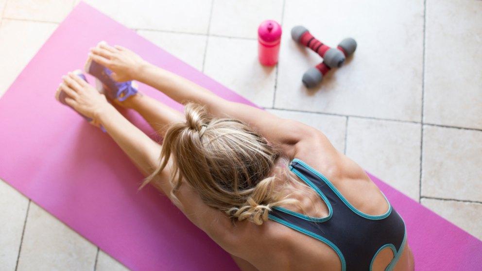 Los ejercicios de stretching son útiles antes y después del ejercicio.