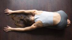 Los estiramientos son uno de los métodos para que el cuerpo vuelva a la calma tras el ejercicio.