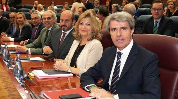 Garrido investido presidente de la Comunidad de Madrid en sustitución de Cifuentes