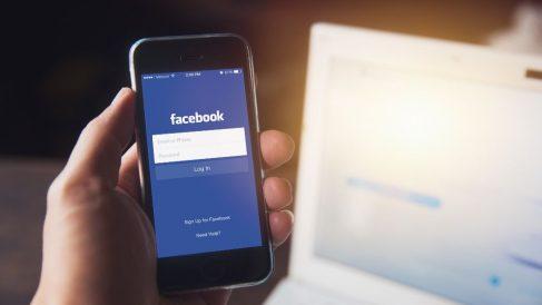 como descargar informacion facebook pasos