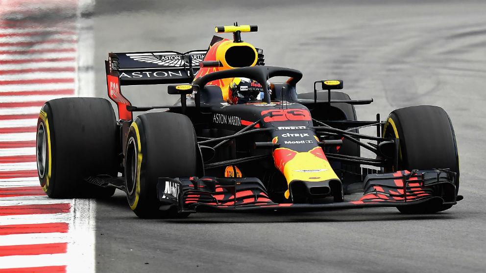 Max Verstappen es uno de los pilotos que sufre la falta de competitividad del motor Renault en las sesiones de clasificación, lo que ha sido duramente criticado por su padre Jos. (getty)