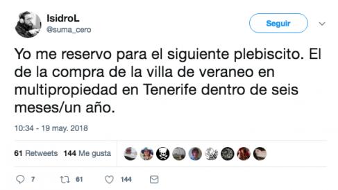 El diputado de Podemos Isidro López se mofa de la decisión anunciada por Pablo Iglesias e Irene Montero.