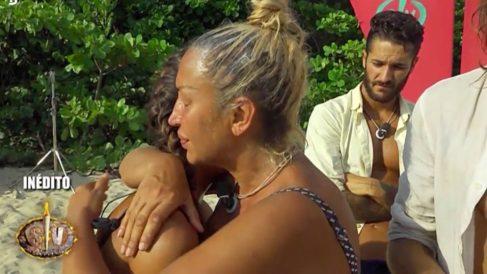 Sofía se refugia en Raquel en 'Supervivientes 2018'