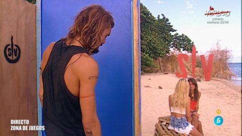 Sofía, Romina y Logan aclaran el beso de la discordia en 'Supervivientes'