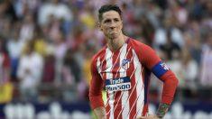 Fernando Torres, emocionado durante su homenaje de despedida del Atlético de Madrid. (AFP)