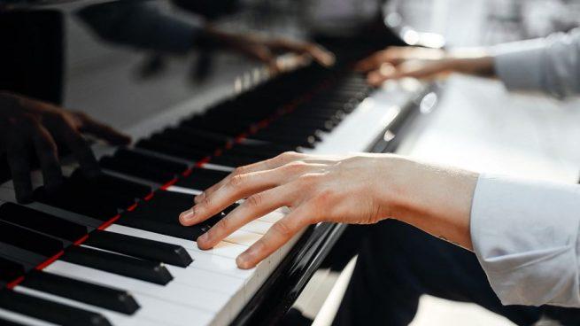 aprender tocar jazz en piano