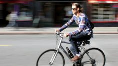 Ir al trabajo en bici tiene más ventajas que sólo practicar deporte.